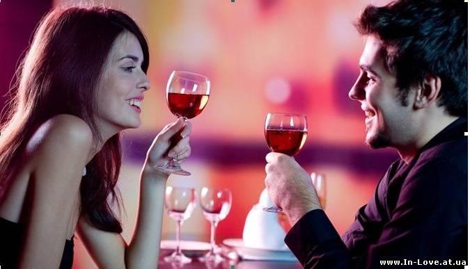 Как поцеловать девушку на первом свидании?
